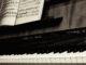 An old piano, door Vladimir Agafonkin, via Flickr.