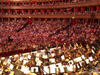 July 27 2012 - Olympics Games Opening, Daniel Barenboim conducts Beethoven's 9th symphony at the Royal Albert Hall. Door Mark Hillary, via Flickr.