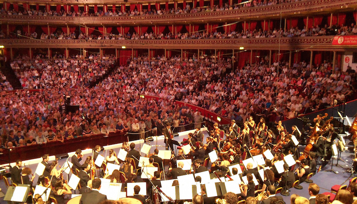 July 27 2012 - Olympics Games Opening, Daniel Barenboim conducts Beethoven's 9th symphony at the Royal Albert Hall. Door Mark Hillary, via Flickr.