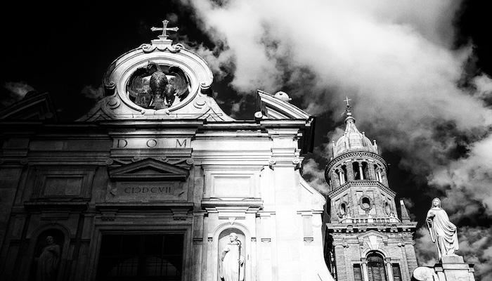 Foto: Church in Parma, door Edward Dalmulder, via Flickr.com