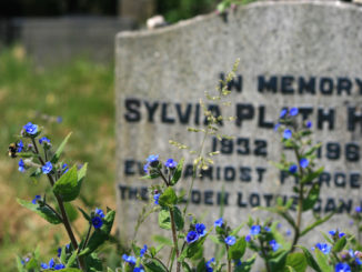 Sylvia Plath's grave, door UncleBucko, via Flickr.